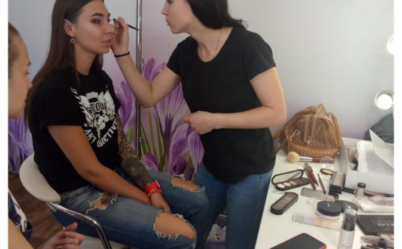 Практика на курсе Prof MakeUp Artist